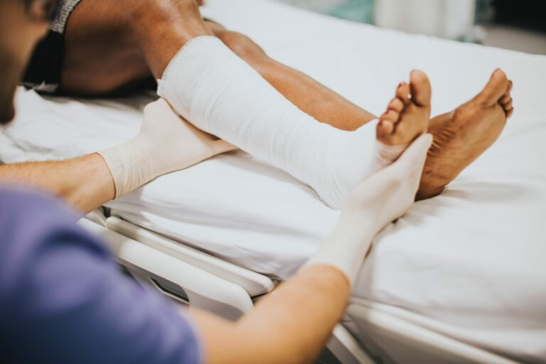 Injured leg attorney