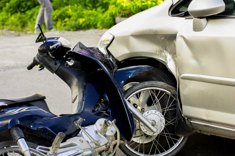 Moto car accident